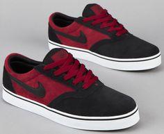 Nike SB V-Rod Team Red-Black F5 (1)