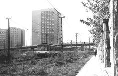 Ilyen is volt Budapest - 1970 táján, Bogdáni út Budapest, Modern Architecture, Utility Pole, Landscapes, Retro, City, Outdoor, Paisajes, Outdoors
