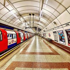 London Underground Tube, Insta Pic, United Kingdom, Past, Old Things, Train, World, Photography, Instagram