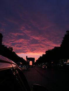sky, sunset, and clouds image Pretty Sky, Beautiful Sunset, Beautiful World, Photo Pour Instagram, Sky Aesthetic, Travel Aesthetic, Purple Sky, Sunset Sky, Sunset Lover