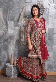 Salwar Suits, Salwar Kameez, Sharara, Other Outfits, Cool Outfits, Cotton Anarkali, Embroidered Kurti, Kurta With Pants, Pakistani Designers