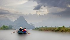 500px / On the way to perfume pagoda by Warren S.