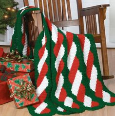 W672 Crochet PATTERN ONLY Gingerbread / Jingle Bell Christmas Stocking