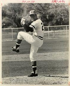 Puerto Rico, Roberto Clemente, Pirates Baseball, Spring Training, Baseball Players, The Fool, Pittsburgh, Mlb, Museum