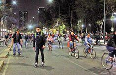 Asisten 40 mil 500 personas a primer Paseo Nocturno en Bicicleta