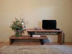 Tv meubel hout en staal, industrieel tv meubel met 2 losse delen. Ideaal voor mensen die hun interieur graag veranderen
