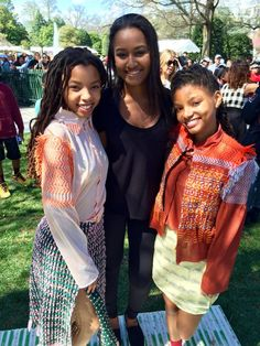 Sasha Obama with Chloe & Halle at White House Easter Egg Roll Barack Obama Family, Malia Obama, Obama Daughter, First Daughter, Beautiful Young Lady, Black Is Beautiful, Beautiful People, Obama Sisters, Chloe Halle