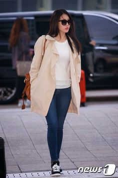Girl's day Yura airport fashion   걸스데이 유라 공항패션                                                                                           ...