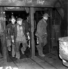 """""""Mines de Lens en 1945 """" by Robert Doisneau: Fin de poste et remontée de la cage..."""