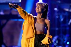 Ariana Grande Says 'Hell Yeah' To Country Music