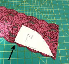 tutorial: how to cut lace www.studiocostura.com Bodice Pattern, Bra Pattern, Sewing Hacks, Sewing Tutorials, Sewing Crafts, Pattern Cutting, Pattern Making, Diy Bralette, Bra Hacks