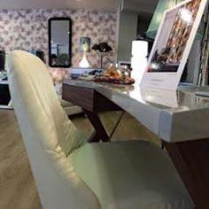 Estudio de Arquitectura y Decoración: Dormitorios de estilo moderno de Arq.Hugo Castro  - HC Estudio  Arquitectura y Decoración