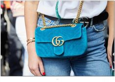 Anyone's choice of a gucci shoulder bag is always a good fit to accent your look. - Anyone's choice of a gucci shoulder bag is always a good fit to accent your look and complete the - Trendy Handbags, Black Handbags, Fashion Handbags, Black Gucci Purse, Black Purses, Gucci Purses, Burberry Handbags, Glitter Clutch Bag, Gucci Shoulder Bag