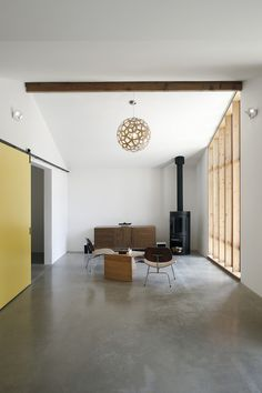 Modern Work Studio Conversion by Shed Architects | Remodelista