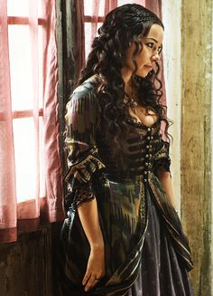 Jessica Parker Kennedy in 'Black Sails' (2014)