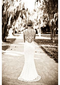Gorgeous back.  Claire Pettibone    The FRONT http://www.clairepettibone.com/bridal/?cp=gowns/chantilly