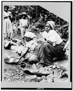 Panning for gold, Puerto Rico  between ca. 1890 and 1923