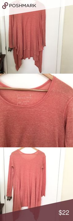 FREE PEOPLE Wonder Woman Thermal Shirt size XS FREE PEOPLE Wonder Woman Thermal Shirt size XS. Salmon color. Awesome layering piece! ✨ Free People Tops Tees - Long Sleeve