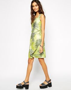 Get your palm leaf print on!