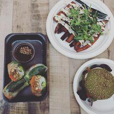 #amsterdam #vegetarian #veggie #seaweedburger #sweetpotatoefries
