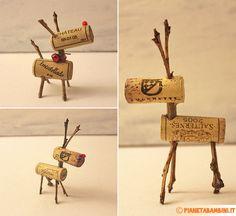 Come creare delle simpaticissime renne con tappi di sughero e rametti