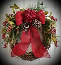Christmas Holiday LIGHTED Traditional by TheChicyShackWreaths