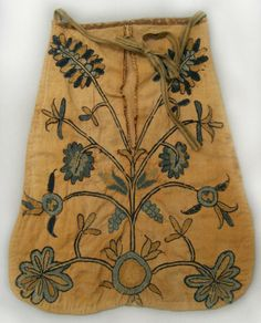 1750 - 1800, American pocket, made of wool and silk on linen, Winterthur Museum.