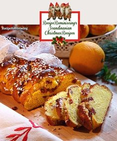 A recipe for classic Swedish advent cakes found on mittkok.se Bake delicious juicy saffron lengths for advent and Christmas gatherings. Fill it with chopped cranberries, almond paste and… Scandinavian Food, Scandinavian Christmas, Almond Paste, Retro Recipes, Orange Peel, Cranberries, Advent, Food And Drink, Baking