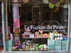 La Fiancee du Pirate, french kids store, shop window, display, rabbit lamp, bambi lamp, easter display
