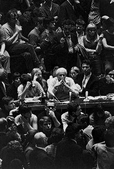 Michael Ruetz. Die Einsamkeit in der Menge (Loneliness in the crowd), 1968  [::SemAp FB    SemAp G+::]