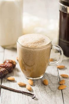 Whole 30 Coffee, Coffee Time, Whole 30 Drinks, Almond Milk Coffee, Whole 30 Approved, Whole 30 Breakfast, Coffee Tasting, Coffee Drinks, Latte Recipe