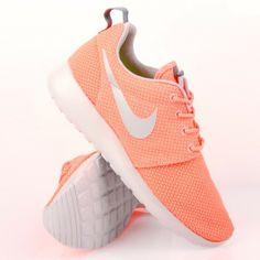 Nike Womens Roshe Run Atomic