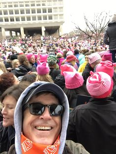 PsBattle: Stephen Colbert at the Women's March today. Stephen Colbert, Snl News, Princess Games, Late Night Show, Tim Roth, John Oliver, Radio Personality, Jon Stewart, Will And Grace
