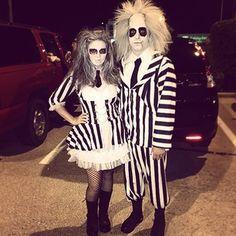DIY Beetlejuice Halloween costume idea Source by maskerix 80s Halloween Costumes, Hallowen Costume, Cool Costumes, Costume Ideas, Halloween Makeup, Halloween Halloween, Tim Burton Costumes, Halloween Parejas, Carnival