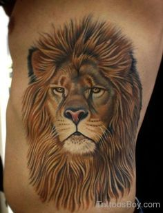 Lion tattoo designs are very popular in the tattoo industry right now. Everyone wants to hunt, fight, and be like a Lion Lion Head Tattoos, Mens Lion Tattoo, Leo Tattoos, Tatoos, Lioness Tattoo, Tiger Tattoo, Cat Tattoo, Tattoo Thigh, Lion Tattoo Design