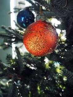 Holiday intricate Ba