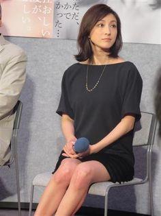 NHK連続ドラマ「聖女」で広末涼子が魔性の女を演じる ▼2Aug2014サンスポ|魔性の広末涼子「恋愛に向かう執念共感できます」 http://www.sanspo.com/geino/news/20140802/oth14080205020004-n1.html #Ryoko_Hirosue