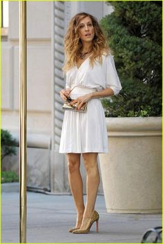Sarah Jessica Parker Style - The white dress #sjp #whitedress #sexandthecity #celebrity #style