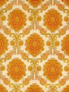 CommentRath & Doodeheefver  ColoursWhite, Grey, Brown, Orange, Gold, Yellow,