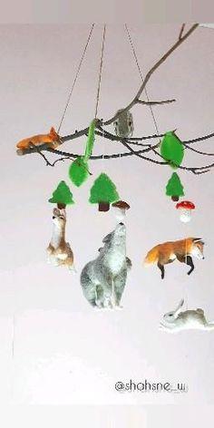 Baby Girl Nursery Room İdeas 730990583256464117 - The needle felt forest animals baby mobile will be a wonderful decoration for a woodland nursery boy & girl, toddler boy room decor forest theme. Toddler Boy Room Decor, Toddler Rooms, Boys Room Decor, Bedroom Decor, Girl Toddler, Needle Felted Animals, Needle Felting, Nursery Room, Baby Room
