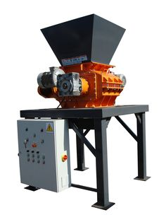 Coal Crusher machine with the control panel