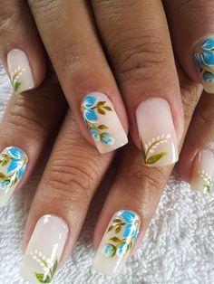 Unhas decorada flor azul. Creative Nail Designs, Beautiful Nail Designs, Creative Nails, Nail Art Designs, Nails Design, Crazy Nail Art, Crazy Nails, Summer Nails 2018, Spring Nails