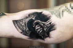 Тату реализм топор в руке, викинги #тату  #эскиз #реализм  #топор #tattoo   #axe  #vikings