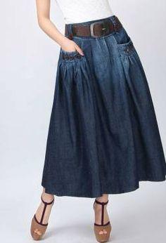 Джинсовая юбка с большими карманами