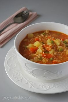 Zupa warzywna z kaszą jaglaną. Tania, szybka i pyszna! Easy Cooking, Healthy Cooking, Cooking Recipes, I Love Food, Good Food, Yummy Food, Clean Recipes, Soup Recipes, Brunch
