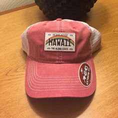 Hawaii baseball cap Hawaii baseball cap. Rose color with mesh back and adjustable velcro back. AHEAD Accessories Hats