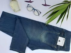 Jeansstick pants and button at the price of 155 EGP Jeans Brands, Challenges, Skinny Jeans, Buttons, Legs, Raw Materials, Repeat, Tassels, Period