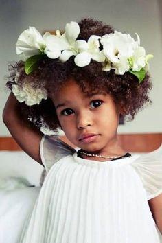ninas-afro-con-adornos-en-el-pelo