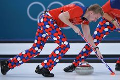 Norway's Christoffer Svae brushes in front of the stone during the Pyeongchang 2018 Winter Olympic Games 2018 Winter Olympic Games, Winter Games, Olympic Curling, Norwegian Men, Vancouver Winter, Pyeongchang 2018 Winter Olympics, Most Famous Artists, Team Wear, Black Trousers