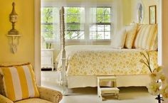 Interesting Yellow Bedroom Ideas For All People: Beautiful Yellow Bedroom Ideas With Vintage Florall Bedding Style Combined With Traditional Bedroom Interior And Furniture For Inspiration Yellow Master Bedroom, Bedroom Colors, Bedroom Decor, Bedroom Ideas, Yellow Bedrooms, Girls Bedroom, Bedroom Photos, Small Bedrooms, Master Bedrooms